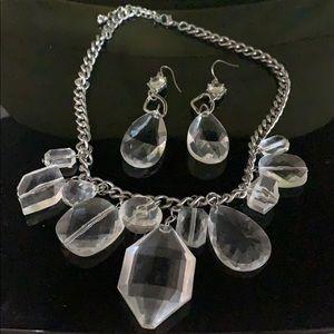 Jewelry - Clear costume jewellery set.